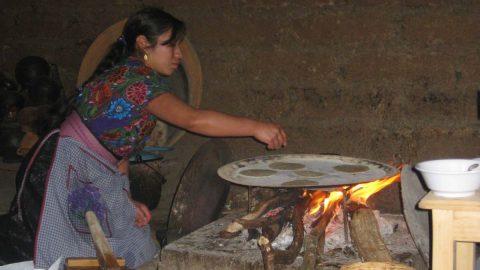 Søde børn, lækker mad, traditioner, ritualer, musik og dans :)
