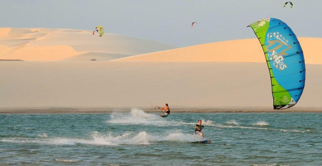 Wind surfing i Brasilien