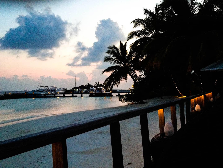 gratis dating tjenester i Sri Lanka ægteskab ikke dating ep 2 myasiantv